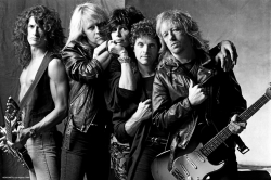 Aerosmith 空中铁匠乐队黑白图片