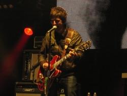 Oasis乐队桌面背景