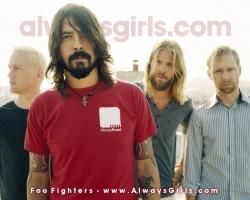Foo Fighters喷火机高清壁纸