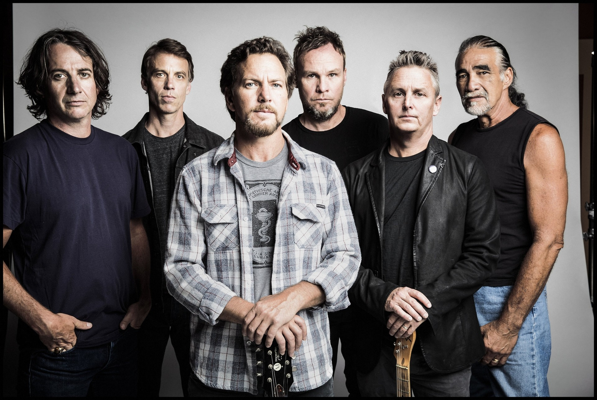 Pearl Jam海报图片
