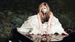 艾薇儿 Avril Lavigne 唯美风格高清图片