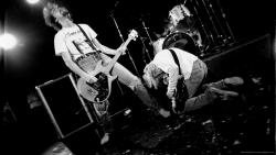 Nirvana 现场演出图片