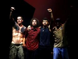 暴力反抗机器乐队高清大图