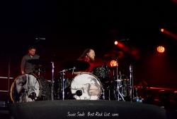 Shinedown乐队鼓手经典摇滚壁纸