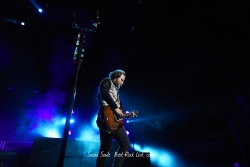 Shinedown乐队吉他手摇滚桌面壁纸